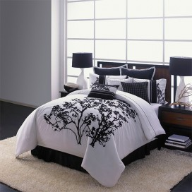 Berlin 5pcs Embroidered Comforter Set